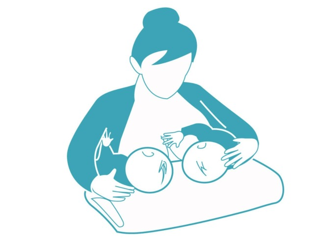 breastdfeeding_twins