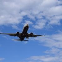 Ver aterrizar aviones en el Aeropuerto del Prat. Planazo